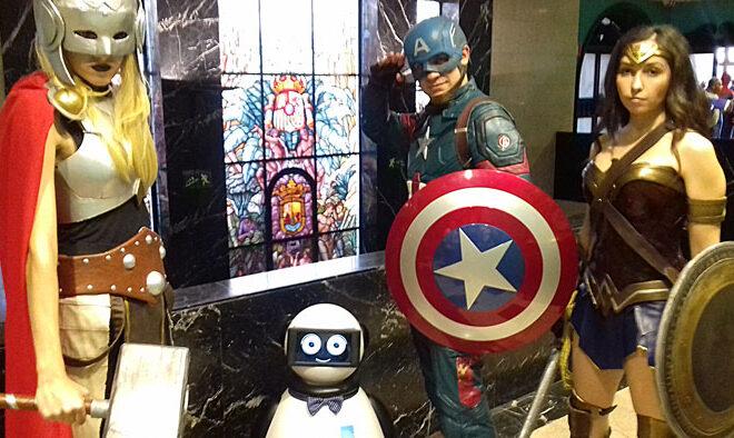 capitanamerica y dumy robot