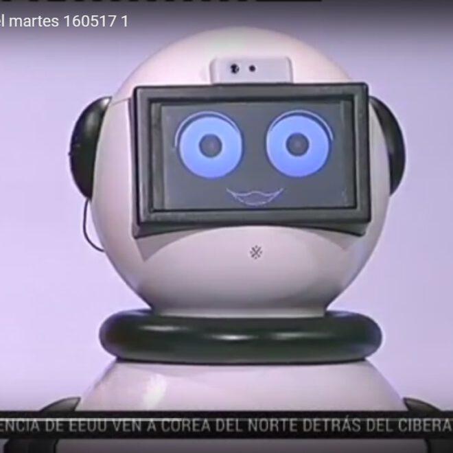 dumy robot habla en tv1