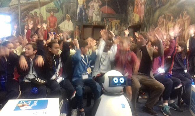 dumy robot presidente por un dia4